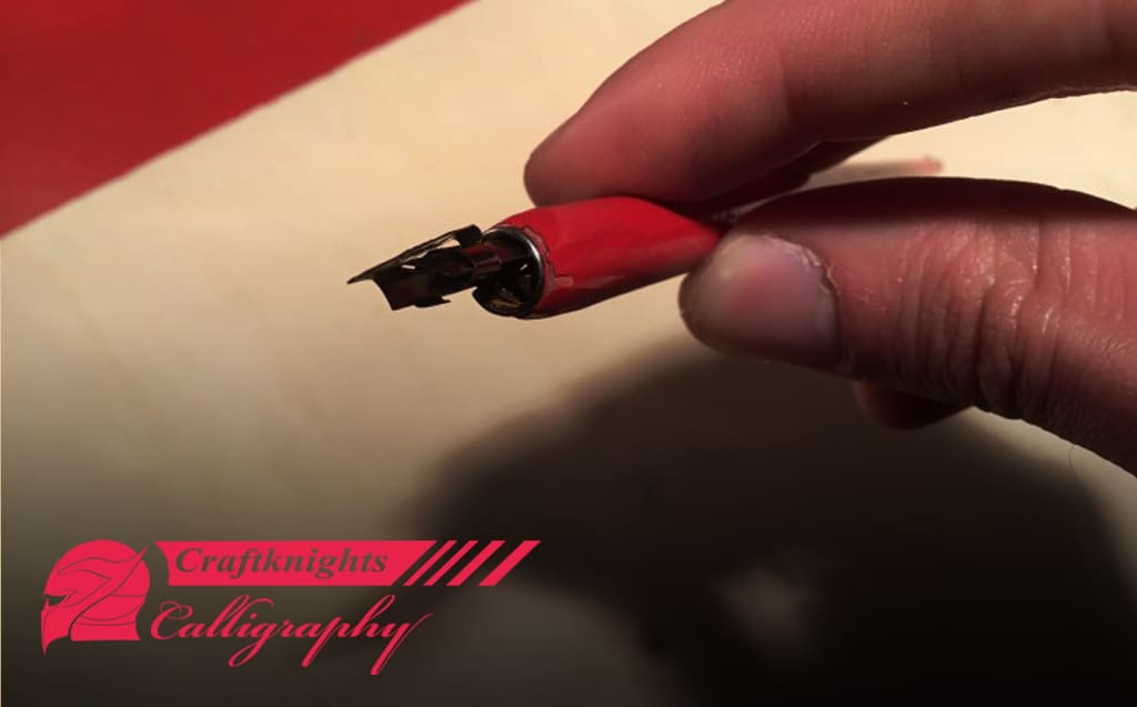 How to Put Together a Calligraphy Pen